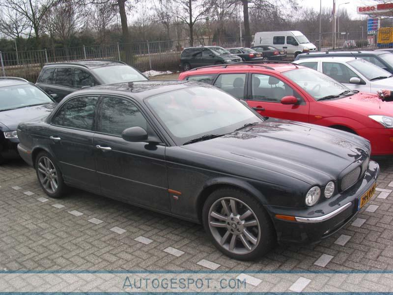 Jaguar XJR - 17 March 2006 - Autogespot
