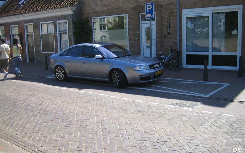 Audi RS6 Sedan C5