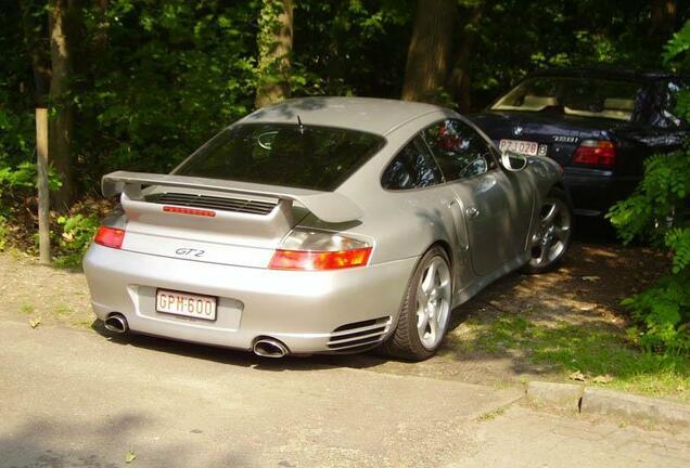 Porsche 996 GT2